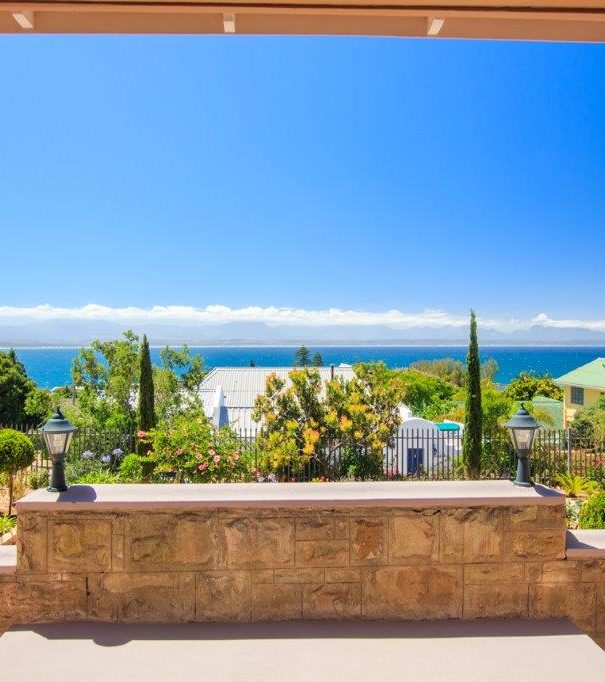 Bettys-Boutique-Hotel-Slider-v4--little-england-in-south-africa!-luxury-accommodation-in-a-historical-house-located-in-mossel-bay-garden-route